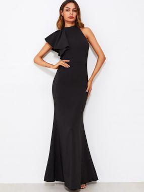 Модное платье годе с оборкой