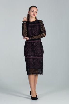 Кружевное платье футляр из гипюра
