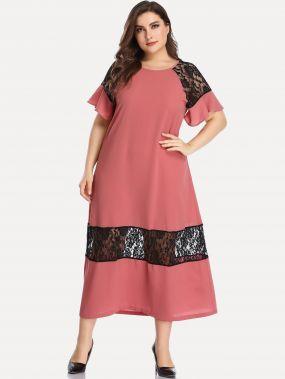 Платье размера плюс с кружевной вставкой