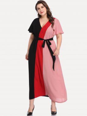 Размера плюс контрастное платье с V-образным вырезом