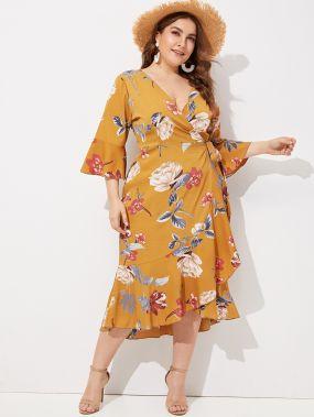 Размера плюс платье с оборкой на крае и цветочным принтом