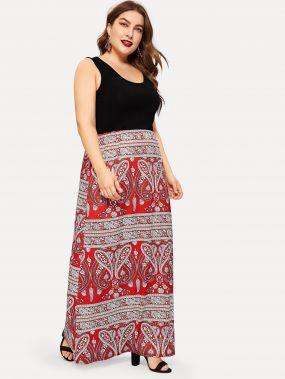Размера плюс платье с контрастным цветочным принтом без рукава