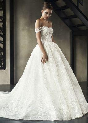 Свадебное платье со спущенным рукавом 18B001
