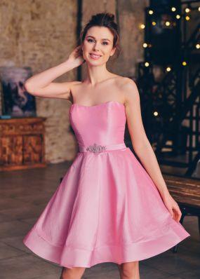 Легкое атласное платье с открытыми плечами FA089B