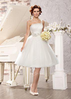 Короткое свадебное платье с пышной юбкой ME016