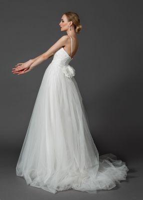 Свадебное платье с цветком NS003