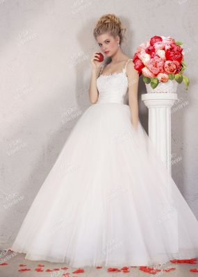 Свадебное платье на бретелях NS004