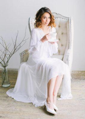 белое будуарное платье в пол OB003