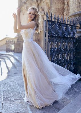 Свадебное платье с фатиновой юбкой  Anna RosyBrown 1829 Wendy