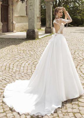Свадебное платье а-силуэта с шлейфом SOL001