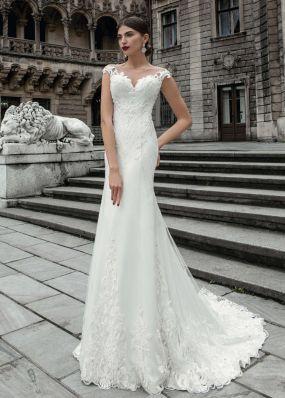 Свадебное платье с вышивкой SOL022