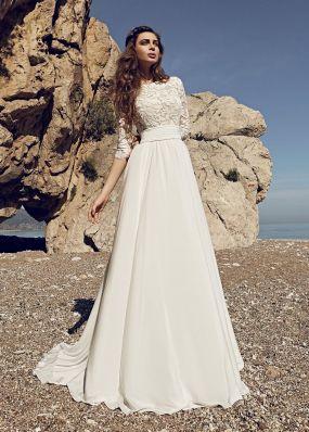 Свадебное платье с юбкой из шифона и поясом SOL029