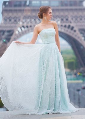 Нежно-голубое платье с пайетками TB082B