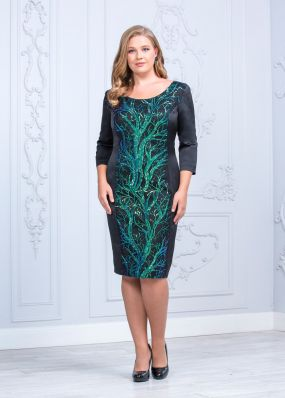Платье-футляр с кружевом VF010B