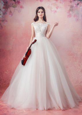 Пышное свадебное платье с кружевом Aria Di Lusso ZDL004