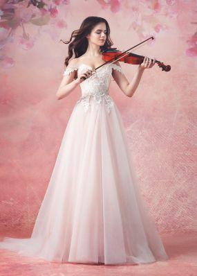 Светло-розовое платье с белым кружевом Aria Di Lusso ZDL010