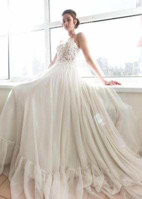 Легкое фатиновое свадебное платье ZEV003