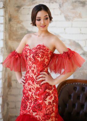 Кружевное платье-русалка с дополнительными рукавами ZEV012