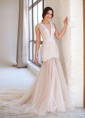 Облегающее свадебное платье с кружевом ZEV017
