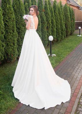 Свадебное платье с атласной юбкой ZRN014