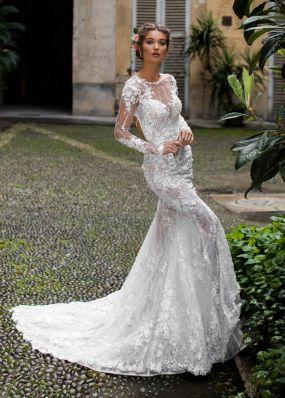 Свадебное платье с объемными цветами TarikEdiz ZTZ039