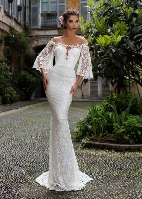 Свадебное платье с имитацией декольте TarikEdiz ZTZ056