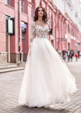 Свадебное платье с глубоким вырезом ZVT013