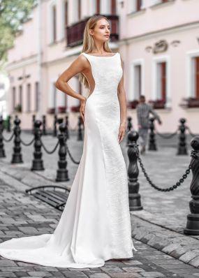 Свадебное платье из атласа с расшитым кружевом ZVT023