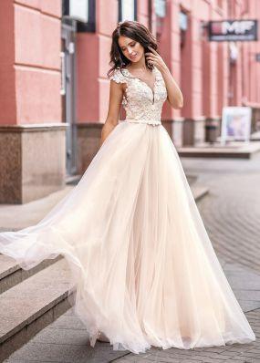 Свадебное платье с кружевной спиной ZVT040