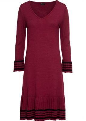 Платье вязаное с плиссированной юбкой