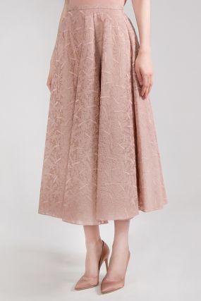 Пудровая юбка с кружевом