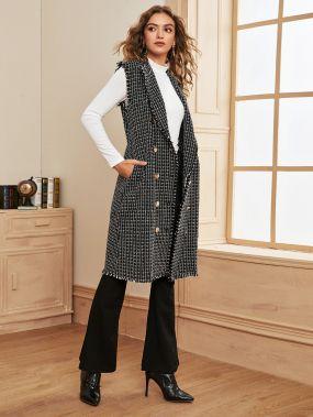 Твидовое пальто-жилет с оригинальной отделкой