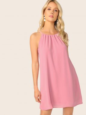 Платье-халтер на кулиске с кисточками