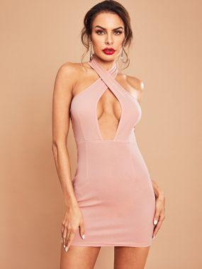 Платье-халтер с открытой спиной и V-образным вырезом