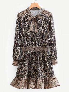 Платье-свитер с эластичной талией и кружевными оборками