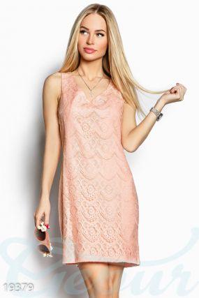 Гипюровое платье-трапеция