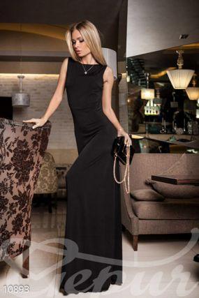 Струящееся вечернее платье