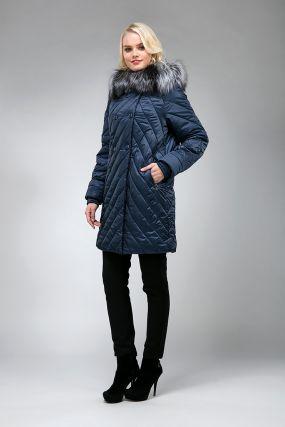 Стильное стеганое демисезонное пальто с мехом лисы