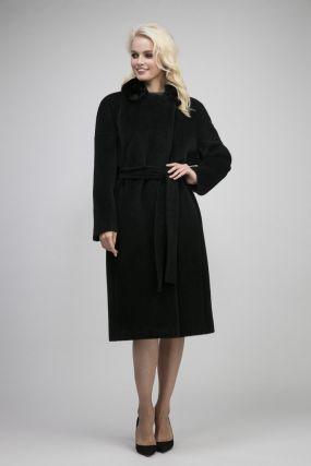 Пальто на большой размер из альпака с мехом норки