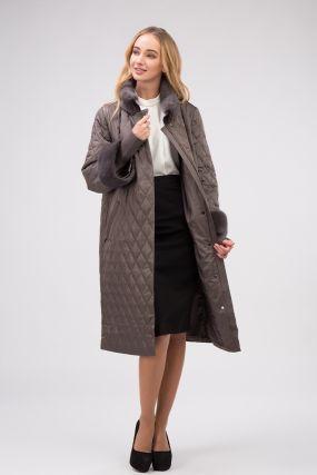 Прямое женское болоневое пальто с меховым воротником из норки