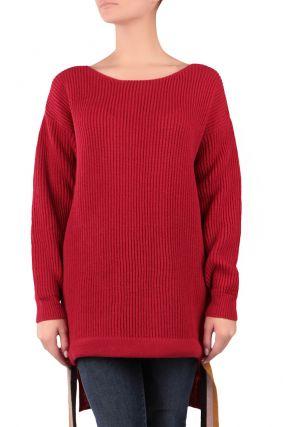 Красный свитер-оверсайз