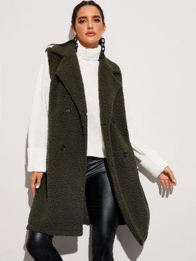 Двубортное плюшевое пальто без рукавов