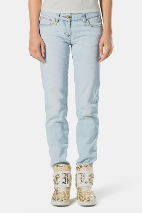 Голубые джинсы с золотистым декором