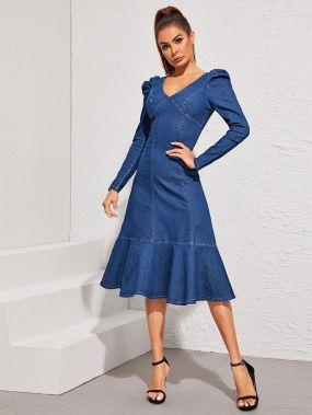 Джинсовое платье с оригинальным рукавом