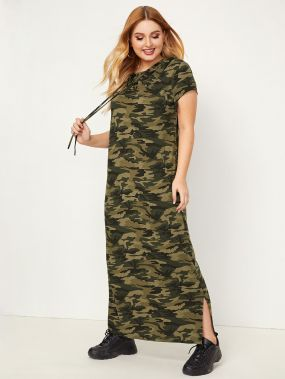 Камуфляжное платье с капюшоном и разрезом размера плюс