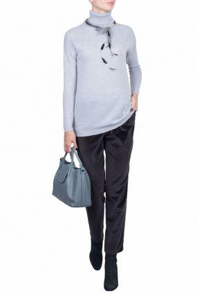 Удлиненный светло-серый свитер