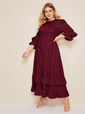 Расклешенное платье размера плюс с многослойным рукавом
