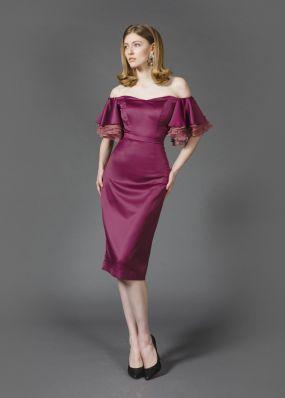 Стильное платье-футляр с воланами MR030B