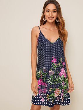 Платье в горошек на бретелях с цветочным принтом