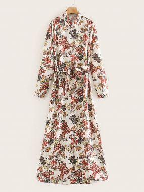 Платье с пуговицами, поясом и цветочным принтом